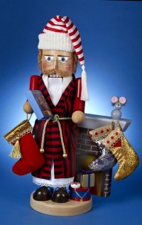 This Storyteller Nutcracker is the 3rd Nutcracker in the Night Before Christmas Series by Steinbach