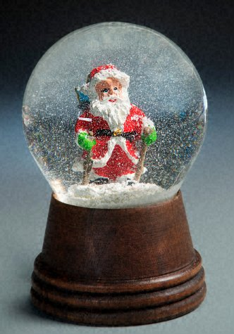 Santa on Skis<br> Perzy Snow Globe