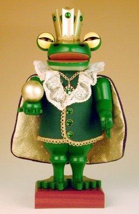 Frog King<br>2000 Club Piece Nutcracker