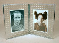 Dbl 7x9 Cross Reed Photo Frame<br>Bedford Downing