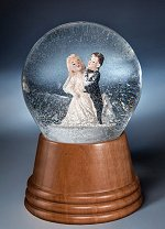 Wedding Couple<br>Viennese Snow Globe
